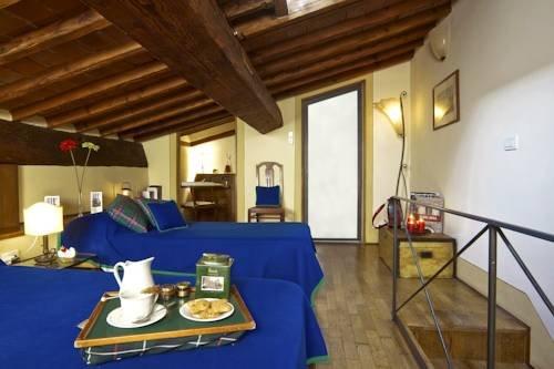 Palazzo Uguccioni Apartments - фото 16