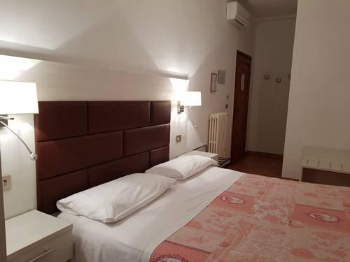 Hotel Elite - фото 4