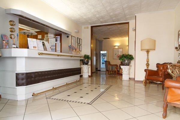 Hotel Basilea - фото 17