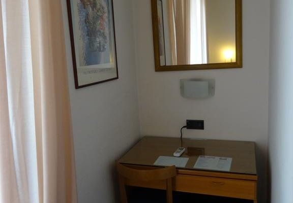 Hotel Careggi - фото 9