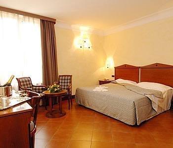 Hotel Malaspina - фото 1