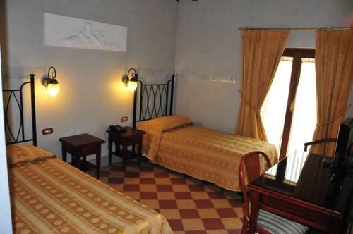 Hotel Della Robbia - фото 3
