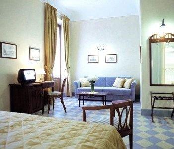 Hotel Della Robbia - фото 6