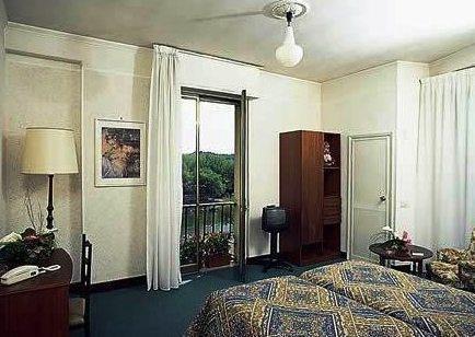 Hotel Columbus - фото 1