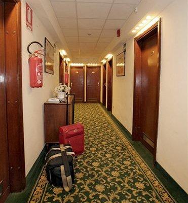 Hotel Columbus - фото 14