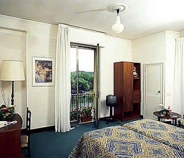 Hotel Columbus - фото 2