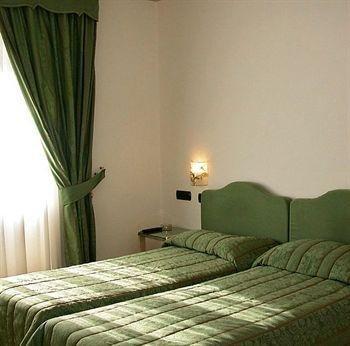 Hotel Punta Imperatore - фото 1