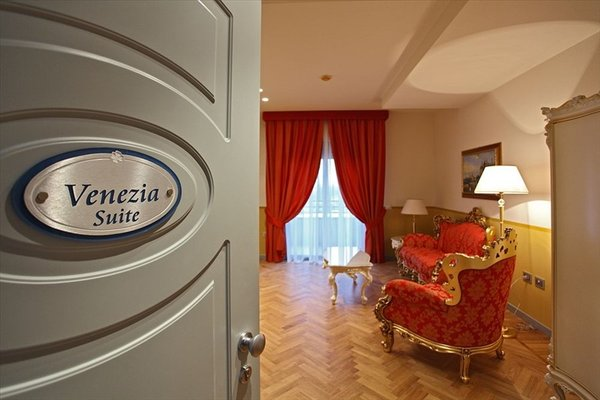 Grand Hotel Forli - фото 10
