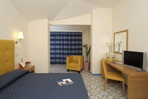 Grand Hotel - фото 4