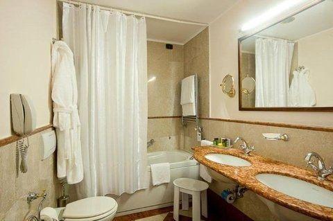 Hotel Continental Genova - фото 7