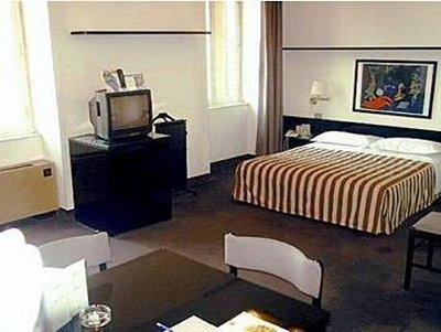 Cit Hotel Britannia - фото 2