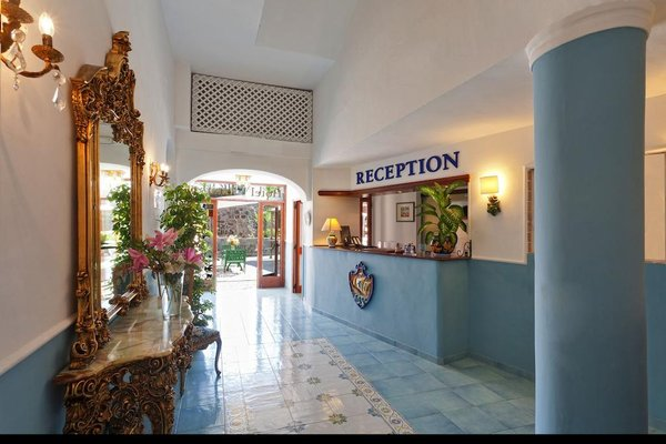 Hotel Antares on the Beach - фото 13