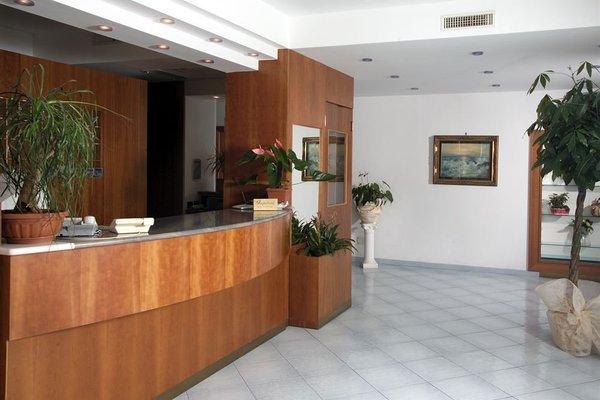 Hotel Villa Paradiso - фото 4