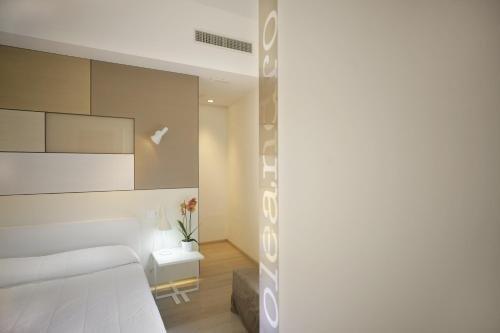 Santacroce Luxury Rooms - фото 12