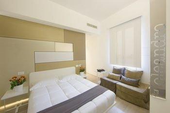 Santacroce Luxury Rooms - фото 2