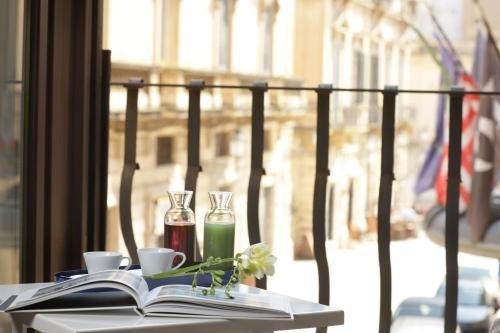 Santacroce Luxury Rooms - фото 21