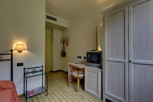 Hotel Leonardo Da Vinci - фото 2