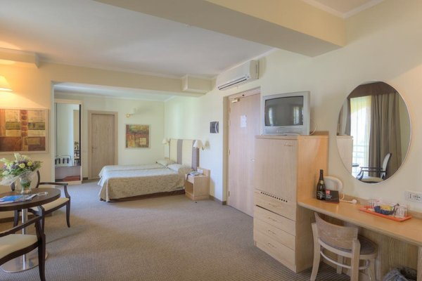 Hotel Cristina - фото 13