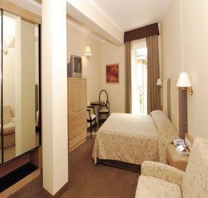 Hotel Cristina - фото 2