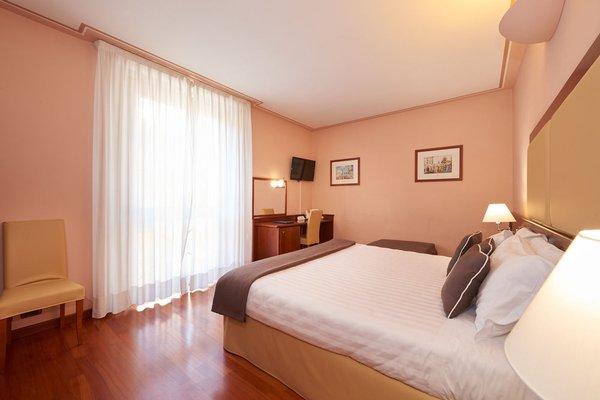 Hotel Ilaria & Residenza dell'Alba - фото 1