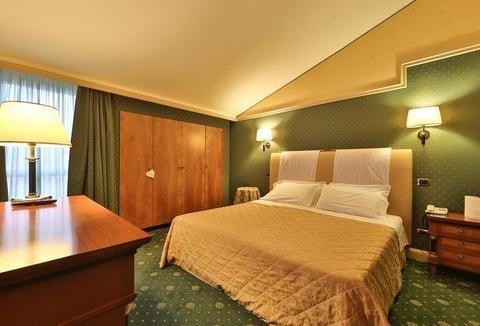 Best Western Grand Hotel Guinigi - фото 28