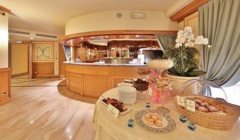 Best Western Grand Hotel Guinigi - фото 12