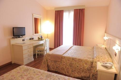 Hotel Plazza - фото 50