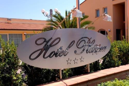 Hotel Plazza - фото 22