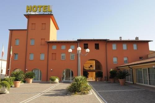 Hotel Plazza - фото 23
