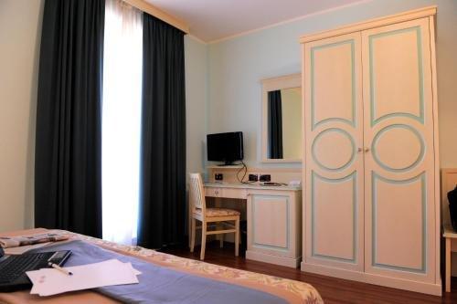 Hotel Plazza - фото 5