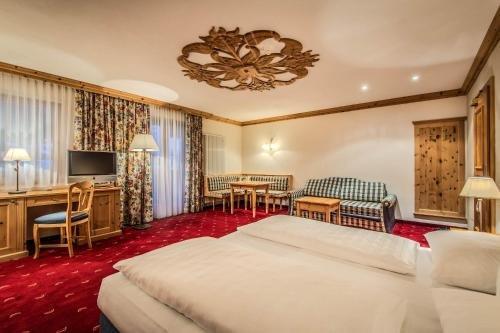 Hotel Corona - фото 2