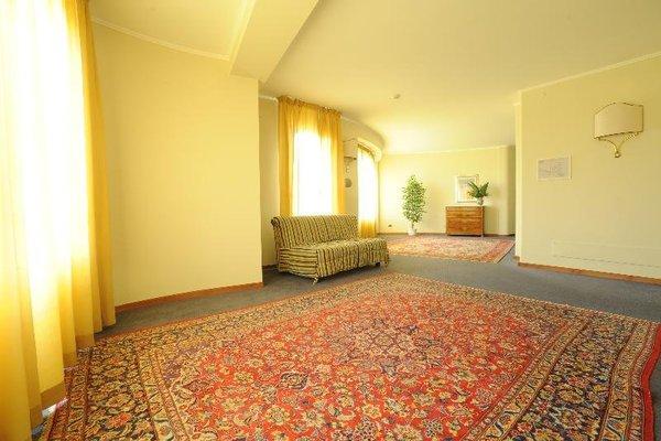 Hotel President - фото 12