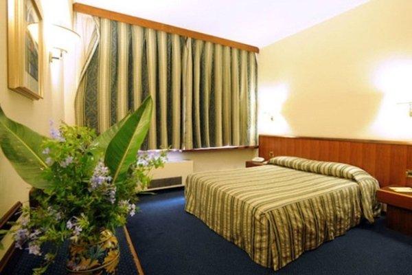 Hotel President - фото 2