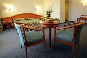 Hotel President - фото 6