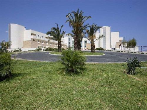 Capo Peloro Resort - фото 21