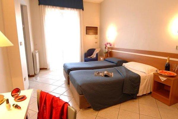 Отель Mennini - фото 2
