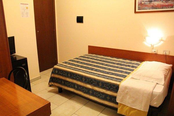 Hotel Alessander - фото 2