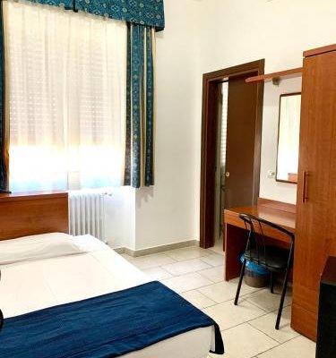 Hotel Alessander - фото 4