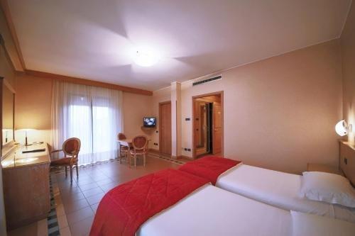 Monica Hotel Fiera - фото 1