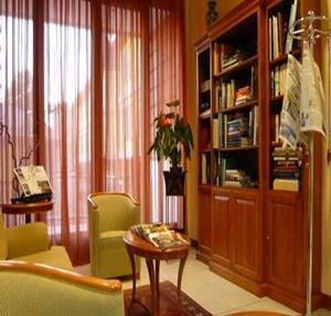 Monica Hotel Fiera - фото 6