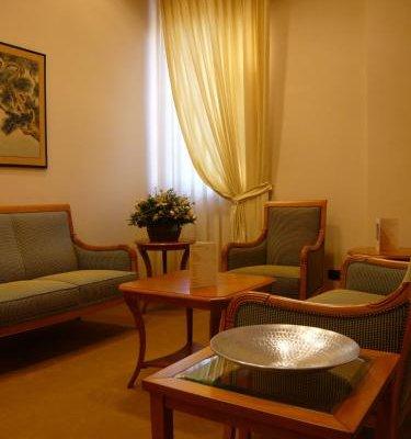 Monica Hotel Fiera - фото 9
