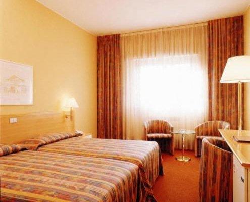 Delta Hotel - фото 2