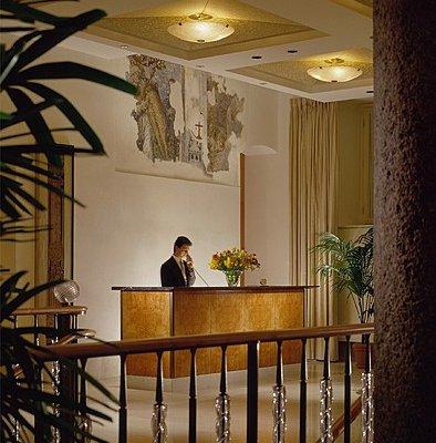 Four Seasons Hotel Milano - фото 18
