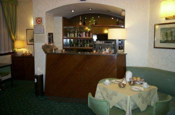Отель Flora - фото 17