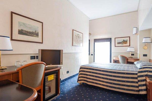 Отель Flora - фото 3