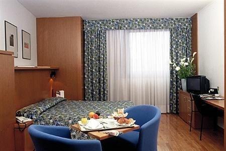 Carlyle Brera Hotel - фото 3