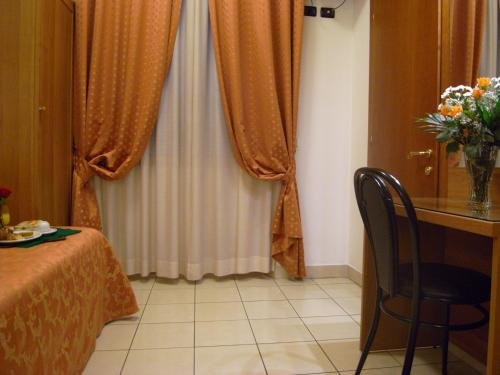 Hotel Mondial - фото 10