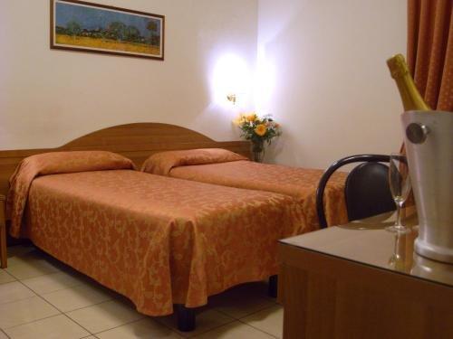 Hotel Mondial - фото 3