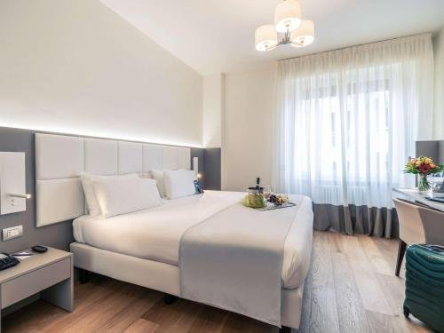 Hotel Mercure Milano Solari - фото 1