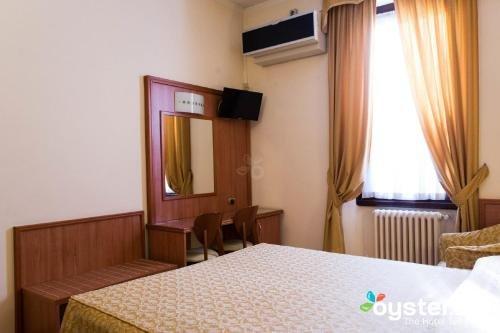 Piccolo Hotel - фото 2
